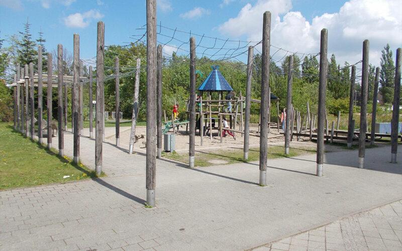 Kletterspielplatz Groß Und Klein